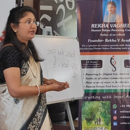 Rekha V as Women's Day Session speaker at Aayojana coaching Academy with student's Mother.